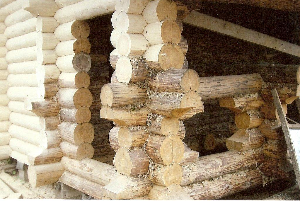 Строительство бань из кругляка своими руками 21